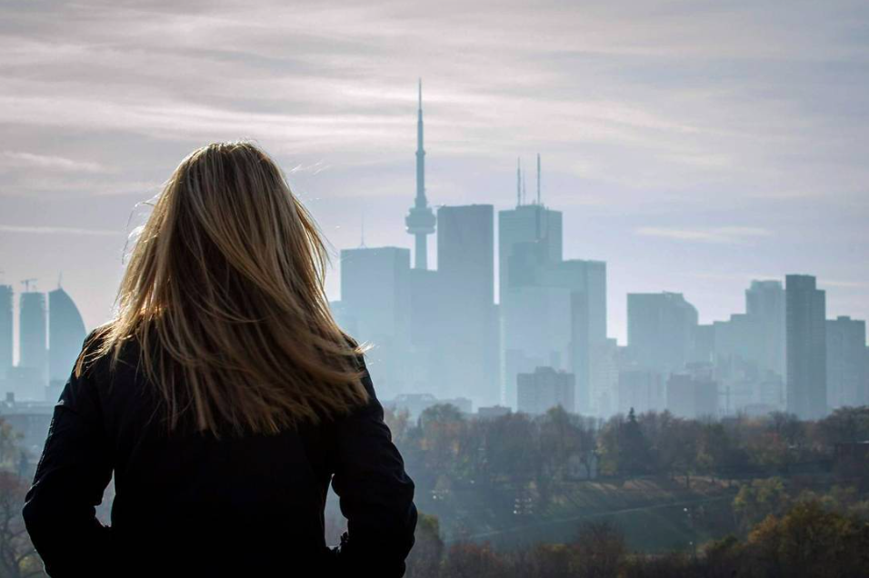 Here's Why So Many Montrealers Choose To Live In Toronto